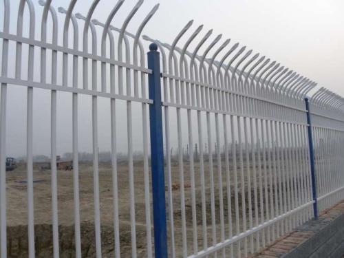 定做锌钢交通护栏厂家